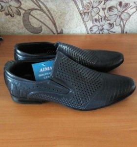 Новые темно-синие туфли 39-40р