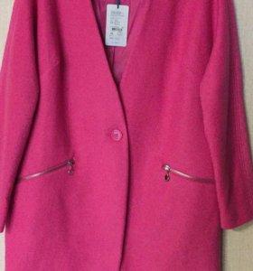 Новое пальто р 42-44