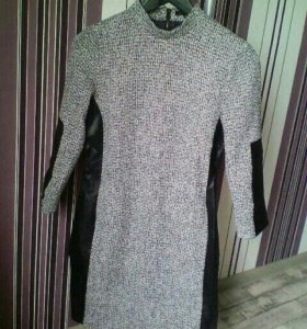 Платье  теплое р40-42