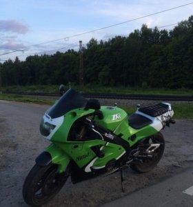 Kawasaki zxr 400 L