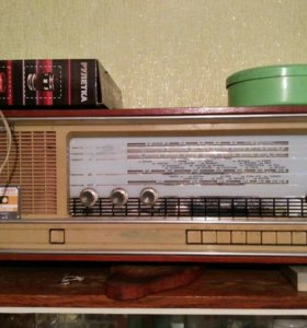 старинное радио+проигрыватель