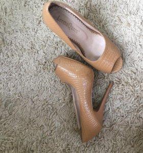 Туфли босоножки 37р