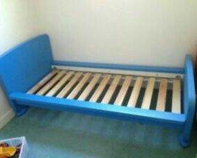 СРОЧНО!!!Кровать с матрасом +комод ikea маммут