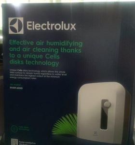 Очиститель воздуха Electrolux EHAW-6516D