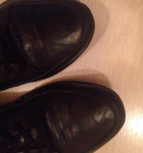 Ботинки осенние 40р