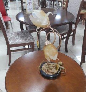 Настольная лампа ( золотые цветы)