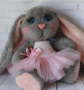 Плюшевый заяц piglette