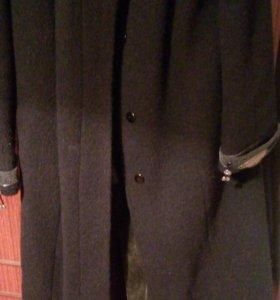 Пальто .торг