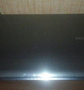 Ноутбук самсунг R425