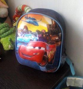 Продам рюкзак детский  новый