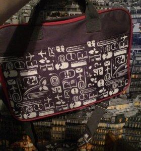 Лёгкая сумка для ноутбука, нэтбука или документов