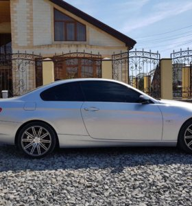 БМВ Е92 купе 2.5 л 218 л.с.