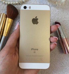 Apple iPhone SE, 128 gb. На официальной гарантии.