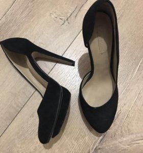 Туфельки почти новые 36 размер