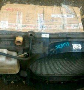 Радиатор охлаждения на Toyota crown JZS 151 1JZGE