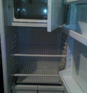 Холодильник Свияга Б/У .