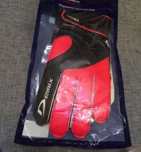 Вратарские перчатки demix