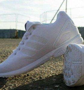 Adidas ZX Flux белые