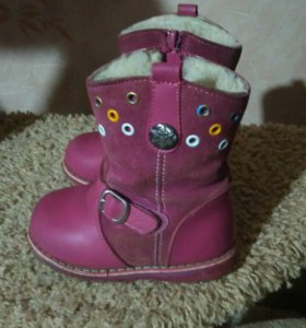 Зимние сапоги для девочки фирмы Зебра 23 размер