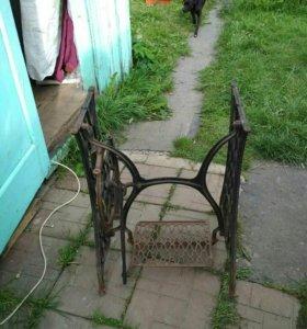 Стол швейной машины
