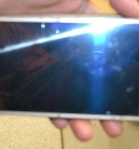 Samsung Galaxy G5 2016 года.