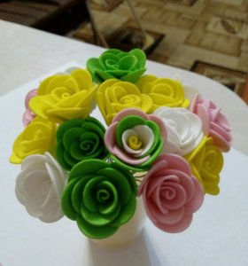 Шпильки с розами ручной работы