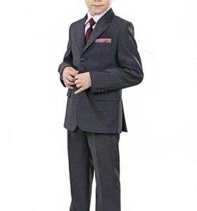 Школьные костюмы для мальчика.