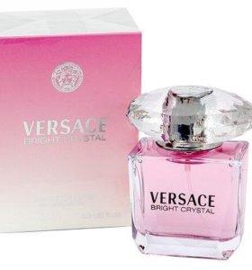 Versace аромат Bright Crystal