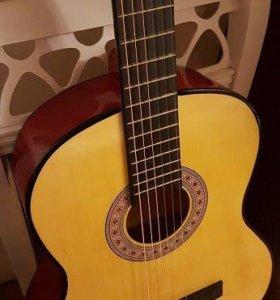 Классическая гитара (новая)