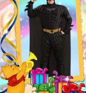 Аниматор-Бэтмен спешит поздравить детей