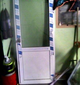 Пластиковые двери (болконые )
