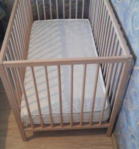 Детская кроватка до 3-х лет.