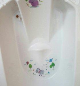 Ванночка детская,со сливом