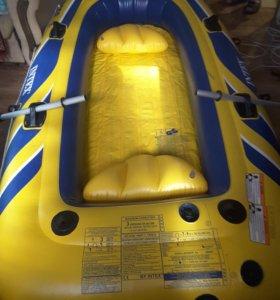 Новая резиновая лодка