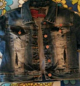Продаю новую джинсовую куртку