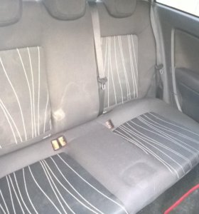 Сидения задние Opel Corsa D