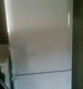 "2х камерный холодильник ""Бирюса"""