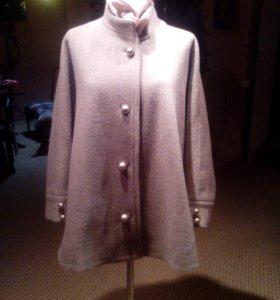 Пальто ,новое