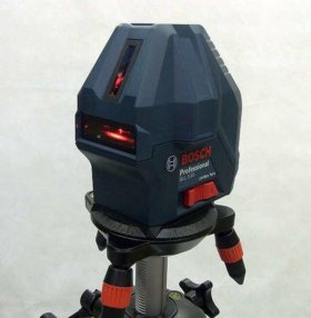 Лазерный уровень Bosch gll 3-15x