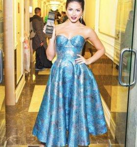 Новое платье от итальянского бренда isabel garcia