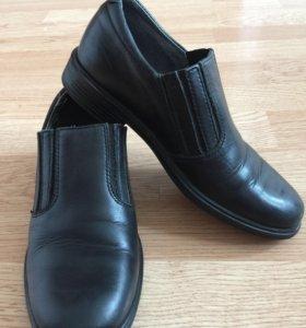 Туфли для мальчика 32р.