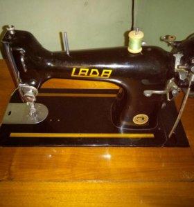 Швейная машинка Lada Чехословакия