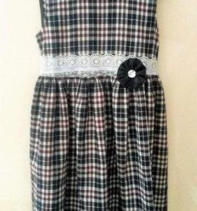 Нарядное платье, р-р 104-110 см