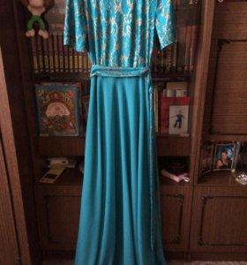 Платье на торжество праздник свадьбу