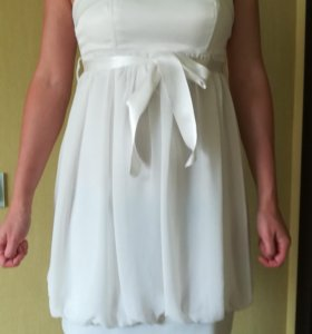Платье белое на лямочках