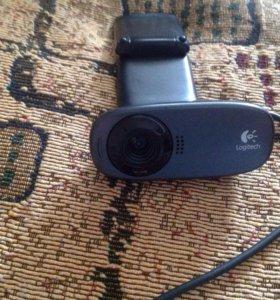Видео камера Logitech со студийным микрофоном