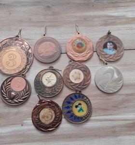 Не нужные медали по дзюдо 10 медалий