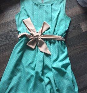Платье FOREVER21