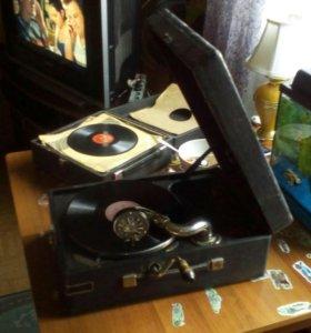 Старинный потифон