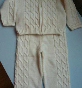 Детский вязаный костюм ( новый)